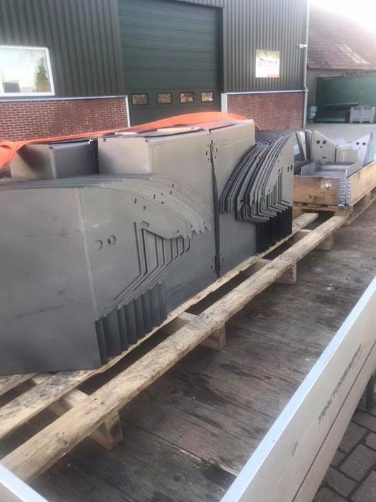 Lasersnijden, afkanten Tractorbumper Safetyweight Alphen